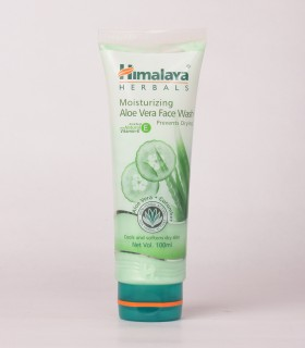 Himalaya Moisturizing Aleovera  Face Wash 100ml